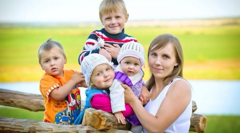 В Чувашии будут вручать почетный знак «Материнская слава»