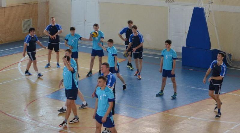 В Чувашии стартовал Чемпионат республики по волейболу среди мужских команд