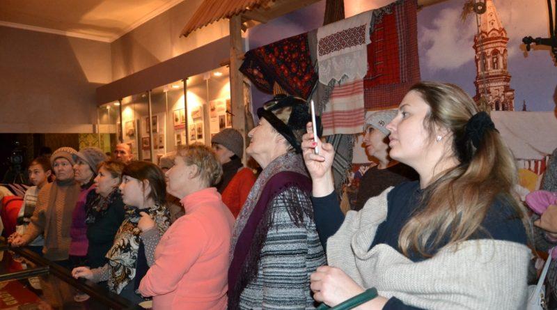 В рамках акции «Новогоднее путешествие по Чувашии» алатырцам и гостям города была предложена интересная программа