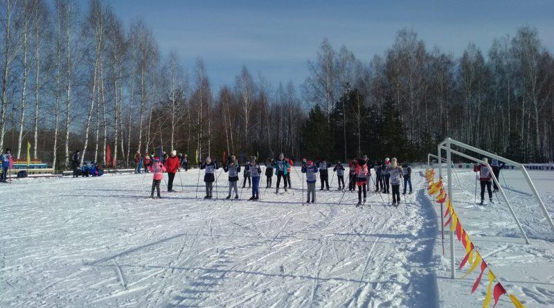 Всем районом на «Лыжню России» 9