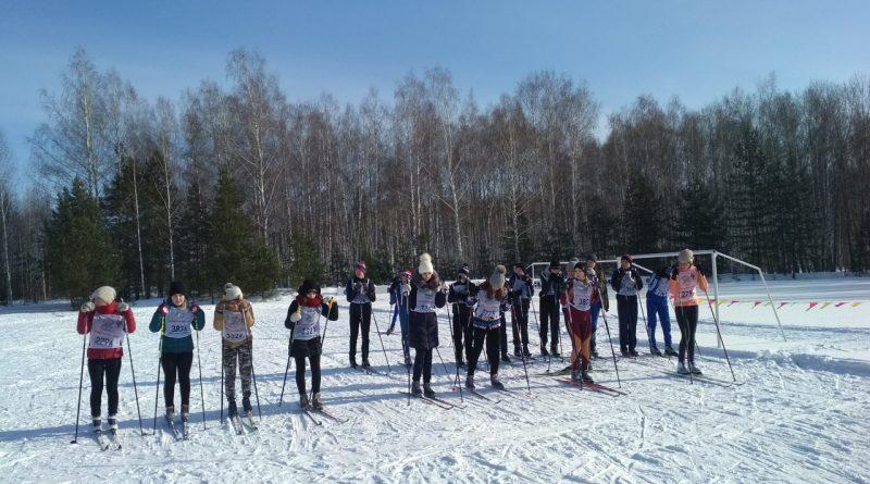 Всем районом на «Лыжню России» 10