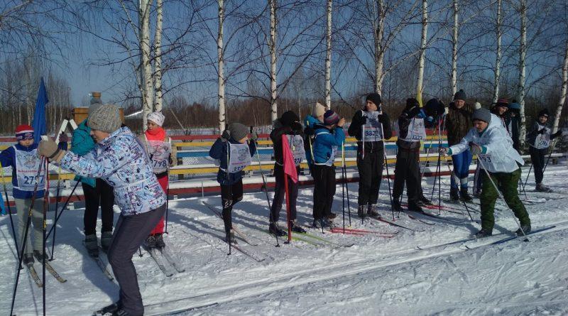Всем районом на «Лыжню России» 15