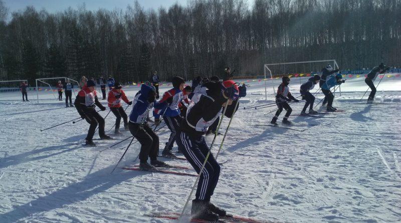 Всем районом на «Лыжню России» 27
