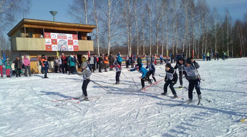 Всем районом на «Лыжню России» 38