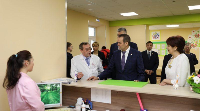 В Чувашии на средства из резервного фонда Президента РФ проведен капитальный ремонт поликлиники Республиканской детской клинической больницы
