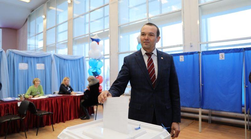 Глава Чувашии Михаил Игнатьев принял участие в выборах Президента Российской Федерации