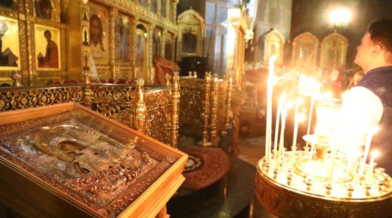 Верующие отмечают главный христианский праздник – Пасху