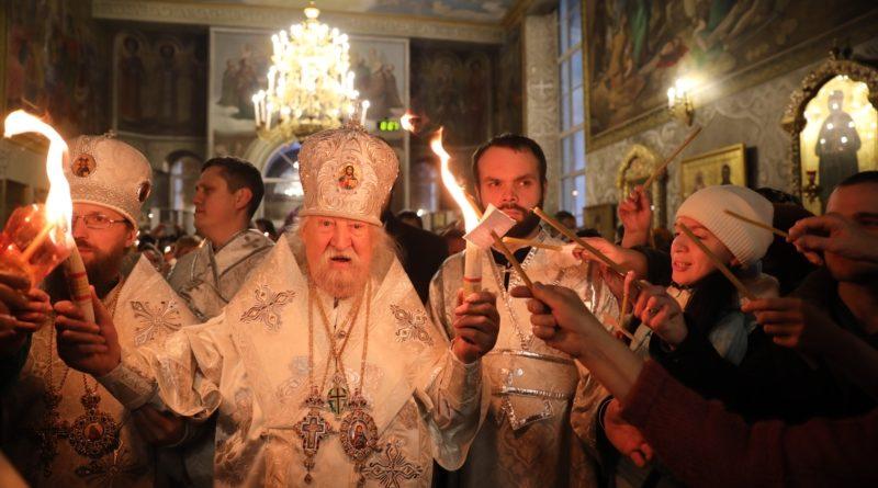 Верующие отмечают главный христианский праздник – Пасху 3