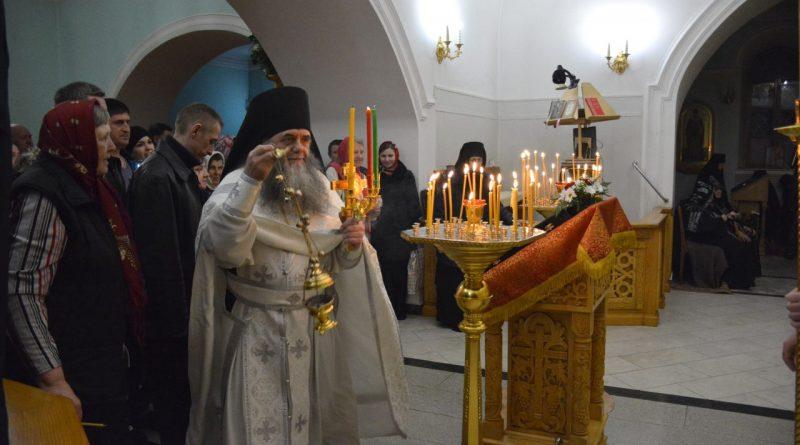 Верующие отмечают главный христианский праздник – Пасху 19