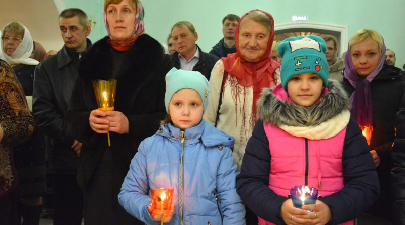 Верующие отмечают главный христианский праздник – Пасху 25