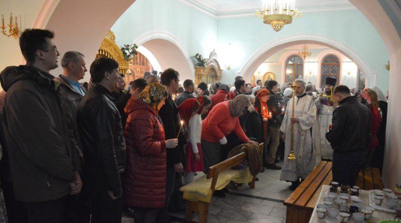 Верующие отмечают главный христианский праздник – Пасху 28