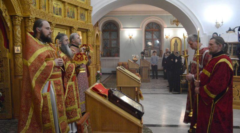 Верующие отмечают главный христианский праздник – Пасху 35