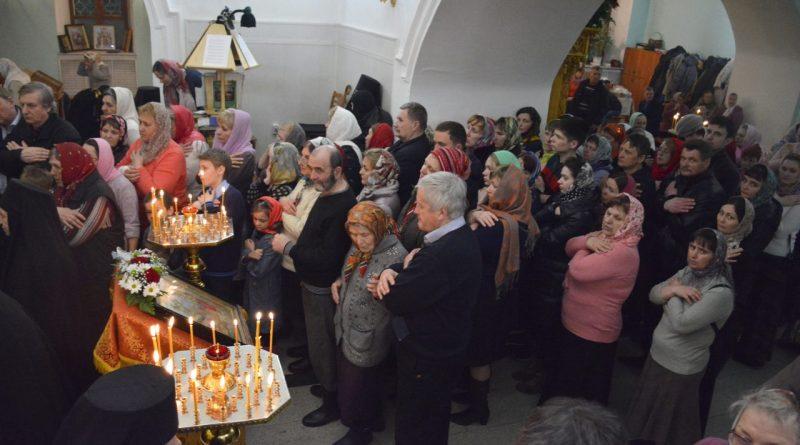 Верующие отмечают главный христианский праздник – Пасху 37