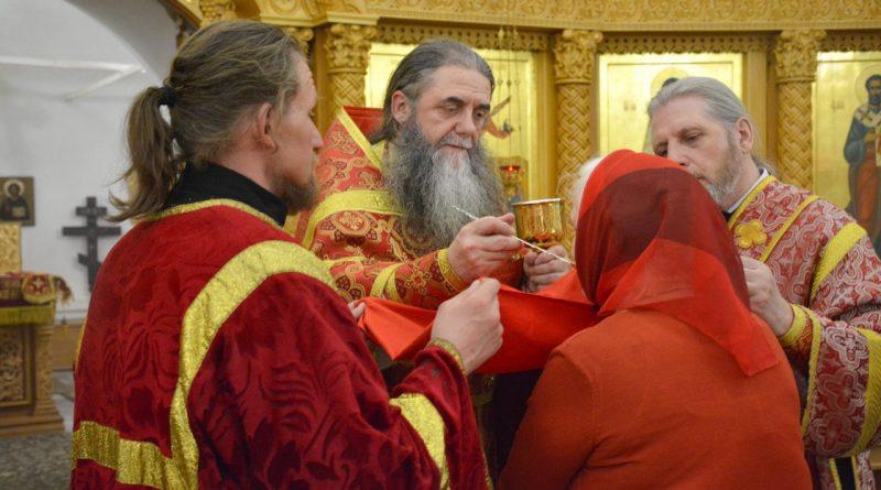 Верующие отмечают главный христианский праздник – Пасху 38