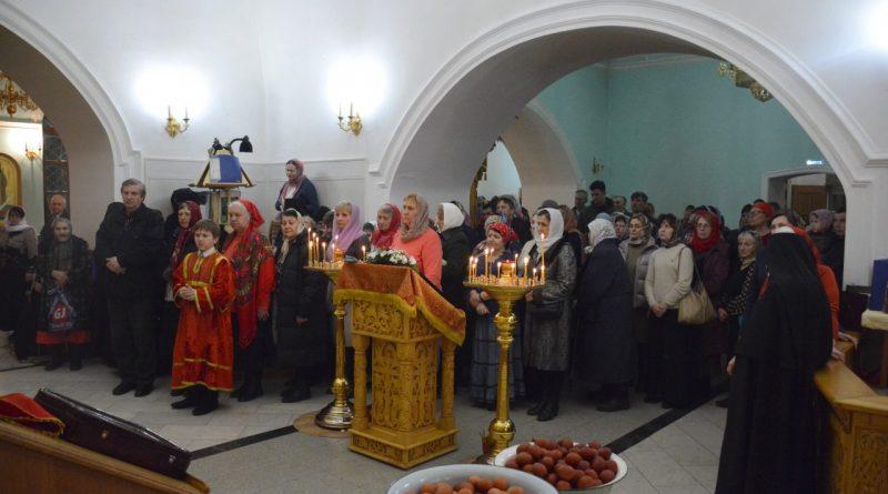 Верующие отмечают главный христианский праздник – Пасху 44