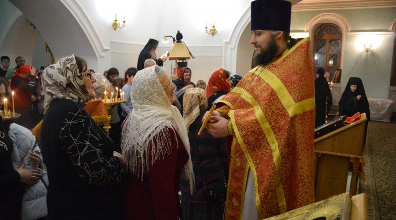 Верующие отмечают главный христианский праздник – Пасху 47