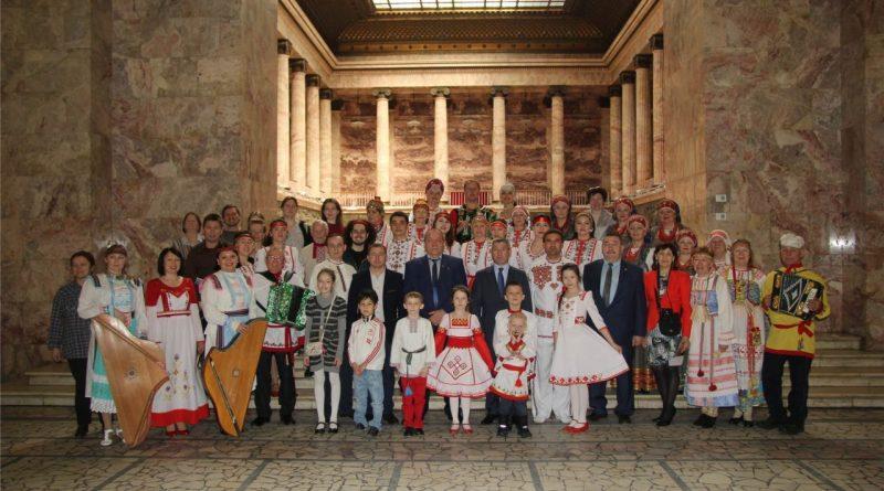 Санкт-Петербург встречал гостей из Чувашской Республики
