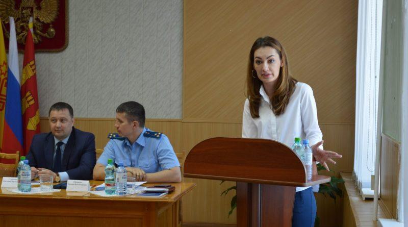 В Алатыре и Алатырском районе обсудили профилактику терроризма и экстремизма 9
