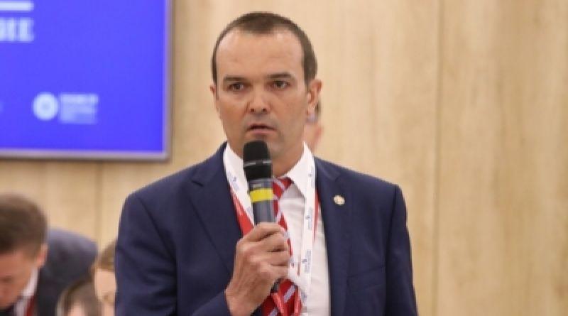 Глава Чувашской Республики Михаил Игнатьев стал участником делового завтрака «Развитие социальной инфраструктуры регионов: инвестиции в будущее»