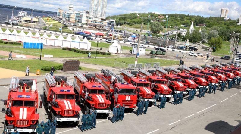 Огнеборцы Чувашии получили новые автомобили