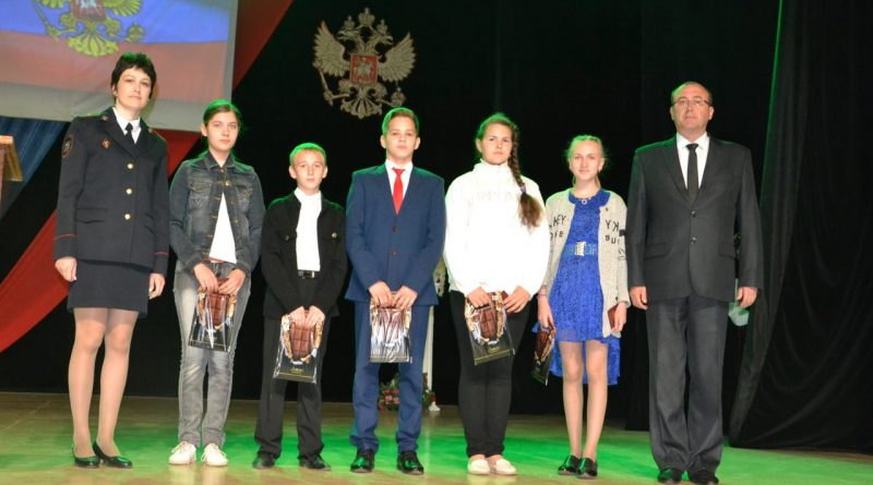 В Алатыре прошли мероприятия, посвящённые Дню России
