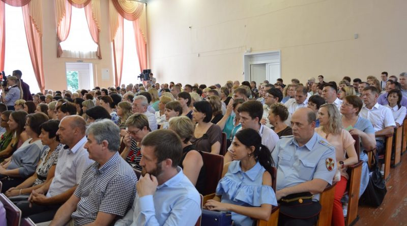 Глава Чувашии принял участие в подведении итогов социально-экономического развития Алатыря за первое полугодие 2018 года 11