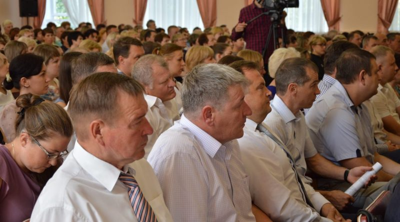 Глава Чувашии принял участие в подведении итогов социально-экономического развития Алатыря за первое полугодие 2018 года 13