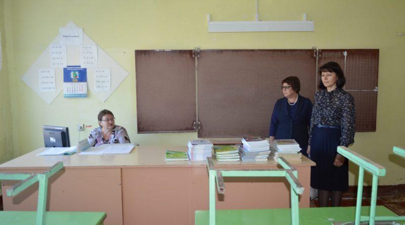 Визит первого заместителя министра образования и молодежной политики Чувашской Республики Алевтины Федоровой в Алатырский район 4