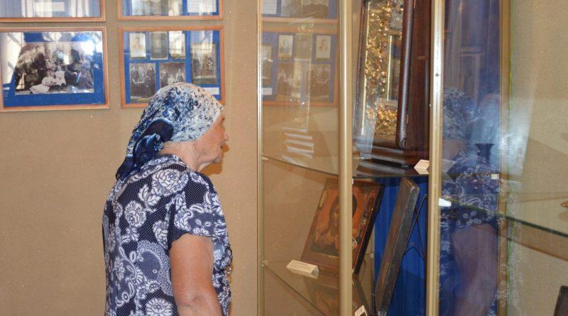 В Алатырском краеведческом музее прошла выставка «Культура старообрядчества» 9