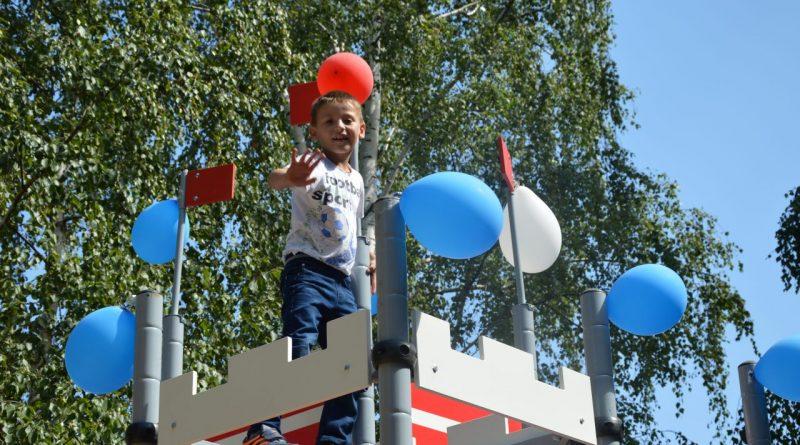 Открытие детской площадки у Центра Луки Войно-Ясенецкого 6