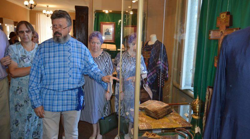 В Алатырском краеведческом музее прошла выставка «Культура старообрядчества» 10