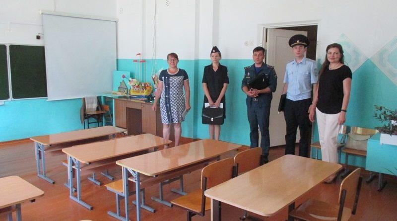 В Алатырском районе завершается проверка готовности образовательных учреждений к началу нового учебного года