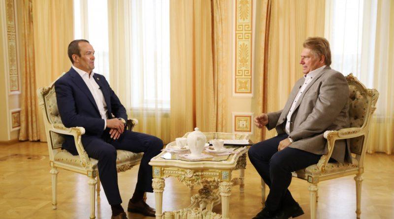 В эфире Национального телевидения Чувашии — «Открытый разговор» с Михаилом Игнатьевым