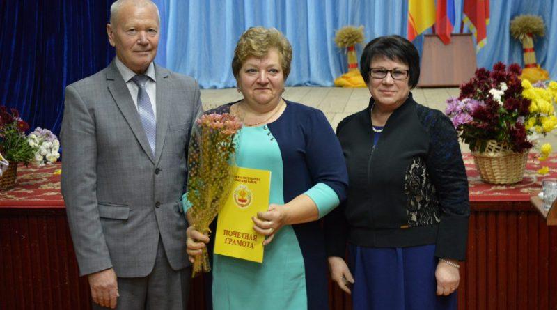 В Алатырском районе чествовали работников сельского хозяйства 28