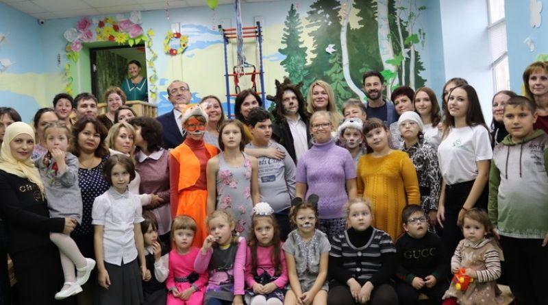 Артисты Антон и Виктория Макарские выступили с концертом в Алатыре