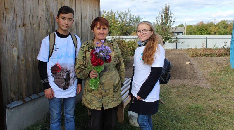 Волонтеры Алатырского района помогают пожилым