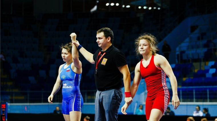Вероника Чумикова и Алёна Тимофеева выступят в финале Кубка России по женской вольной борьбе!