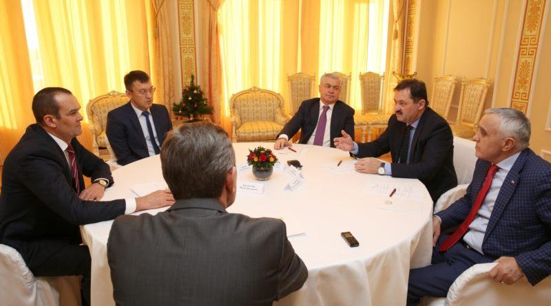Глава Чувашии Михаил Игнатьев встретился с заместителем Министра спорта Российской Федерации Сергеем Косиловым