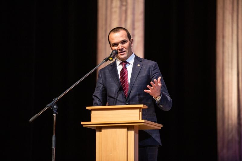 В Чувашской Республике открыли Год театра в России 1
