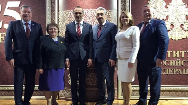 Глава Чувашии принял участие в торжественном приёме в Кремле в честь празднования 25-летия принятия Конституции РФ