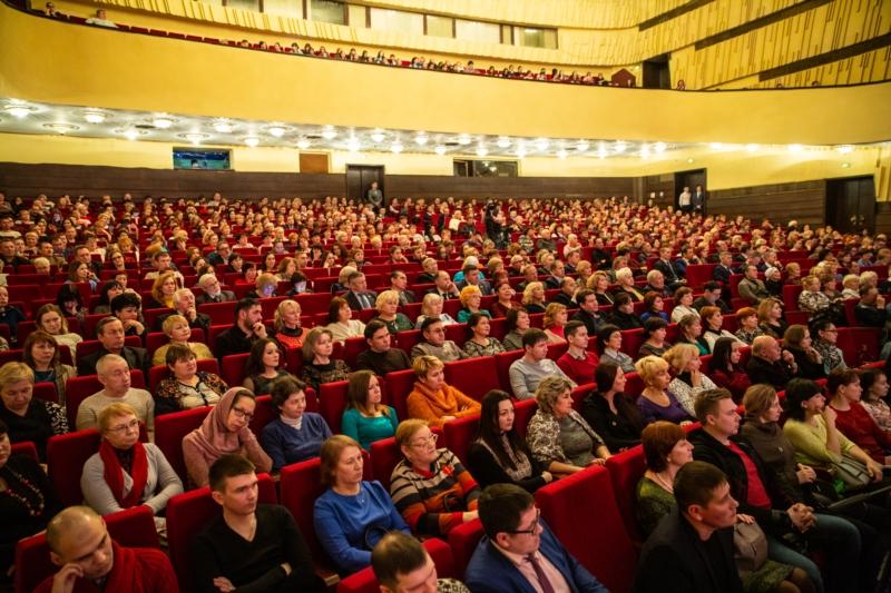 В Чувашской Республике открыли Год театра в России 4