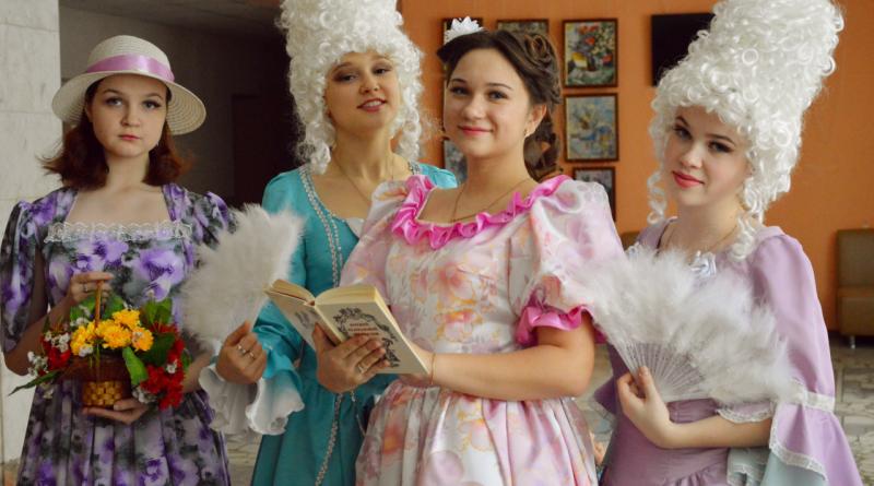 В Алатыре официально открыли Год театра