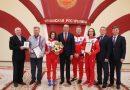 медалью ордена «За заслуги перед Чувашской Республикой» Чемпионку XXIX Всемирной зимней Универсиады Лану Прусакову и её тренера наградили