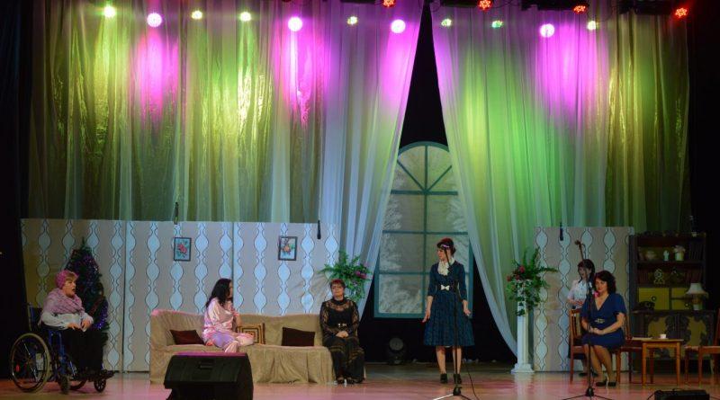 Театральная жизнь города
