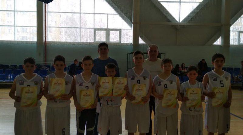 Баскетболисты из Алатыря и Алатырского района успешно выступили на Первенстве республики