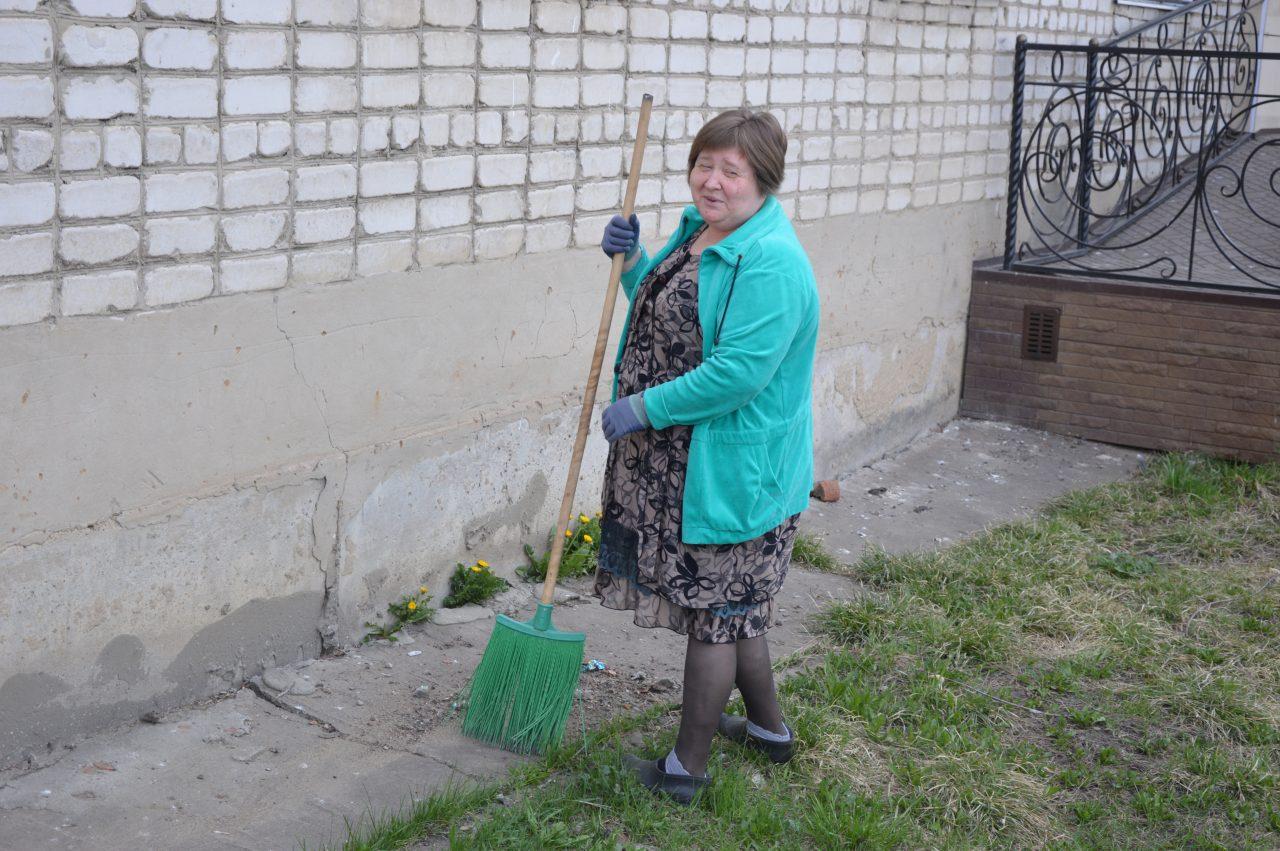«Алатырские вести» внесли вклад в чистоту города 7