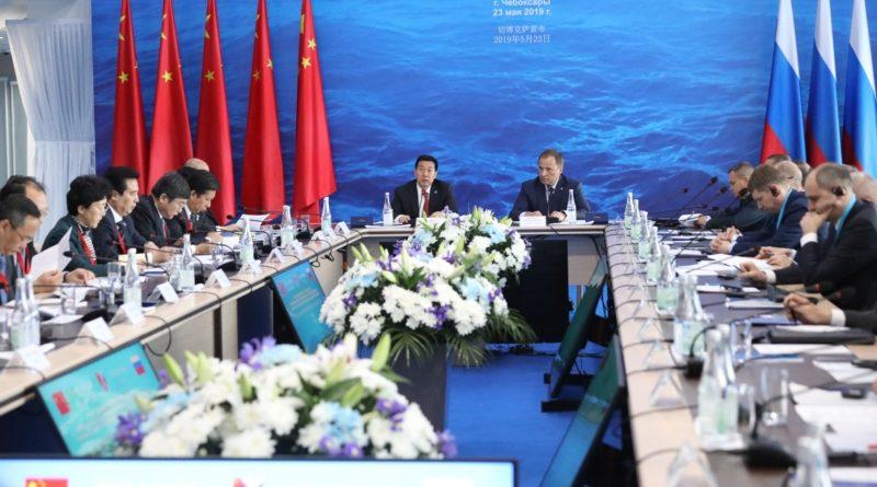 В Чувашии на заседании Совета в формате «Волга-Янцзы» подписано 15 межрегиональных соглашений о сотрудничестве