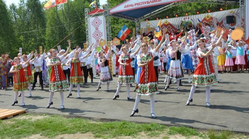 В Алатырском районе официально открыт День Республики – 2019!