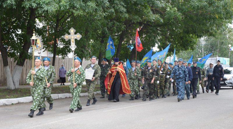 В Алатыре отметили День воздушно-десантных войск 7