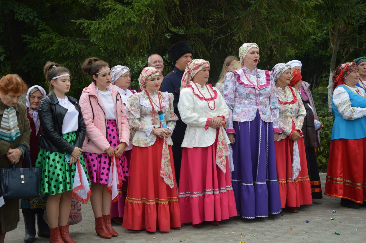 Жители Алатыря и его гости отмечают День рождения города 5